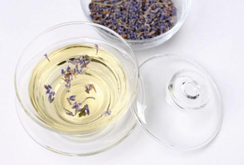 Рецепты с маслом лаванды для ухода за волосами