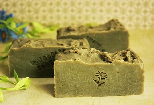 Травяное мыло ручной работы против перхоти