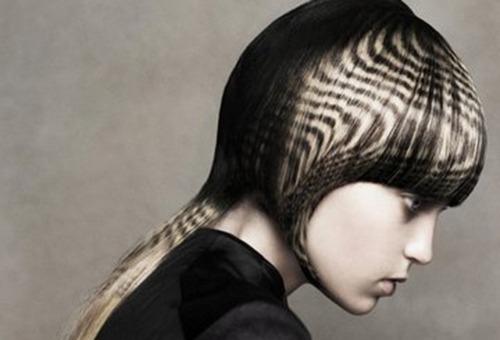 Окрашивание волос в трафаретной технике