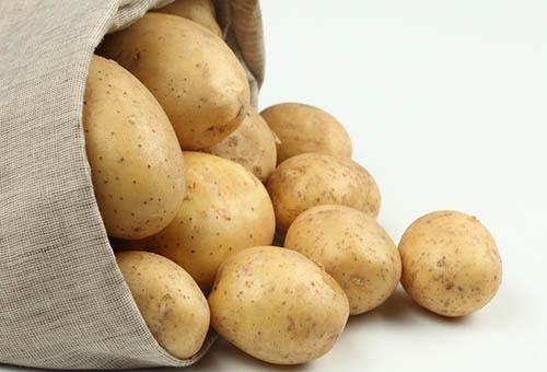 Молодой картофель в мешочке