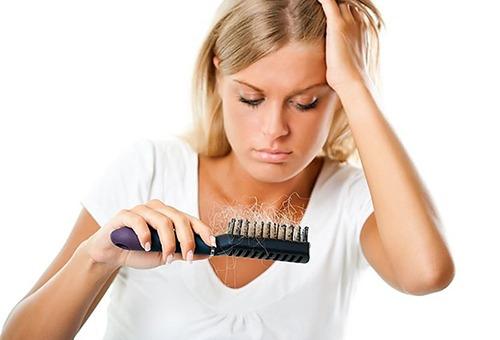 Сколько должно в день выпадать волос норма