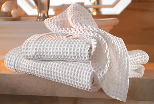 Вафельное полотенце для быстрой сушки волос