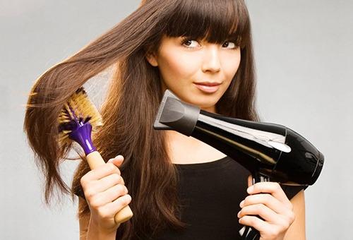 Механический способ выпрямления волос