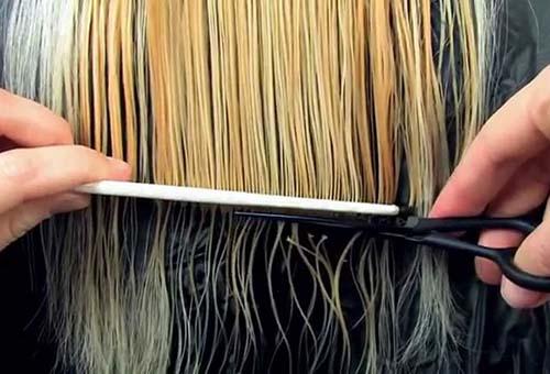 Стрижка поврежденных волос