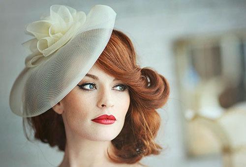 Свадебная прическа в стиле ретро на волосы средней длины с челкой
