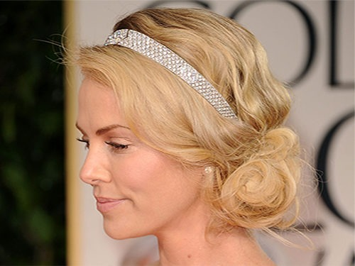 Прическа в греческом стиле на волосы средней длины
