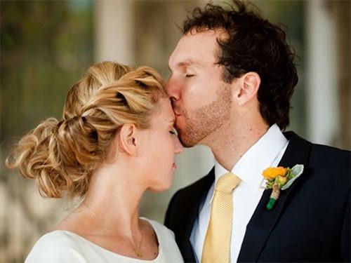 Невеста с греческой косой