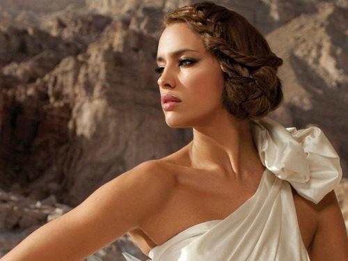 Прическа в стиле греческих богинь
