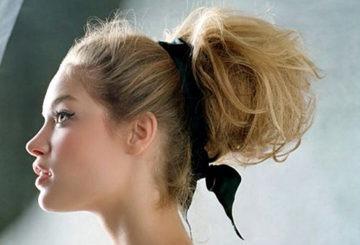 Прическа на средние волосы к торжественному случаю