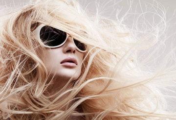 Сухие волосы на ветру